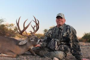 Chuck Jones with his 165 6/8 14 point